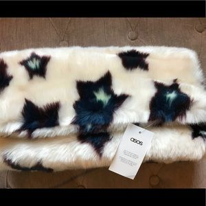 Asos faux fur star ⭐️ clutch⭐️!!!